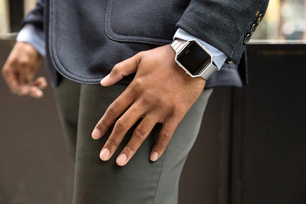 Fitbit-Blaze_Lifestyle-2_RGB_HI-630x420