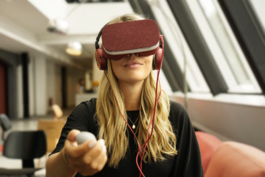 FORD AND GOOGLE PARTNER ON VIRTUAL REALITY APP
