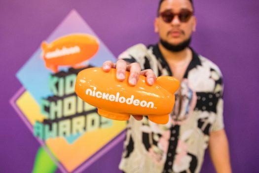 AKA WINS NICKELODEON'S KIDS' CHOICE AWARD