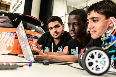 JAGUAR LANDROVER FIND TEENS CODING FOR A SELF DRIVING FUTURE