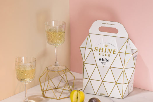 SHINE CLUB ADD SPLASH OF SPARKLE TO BOX WINE