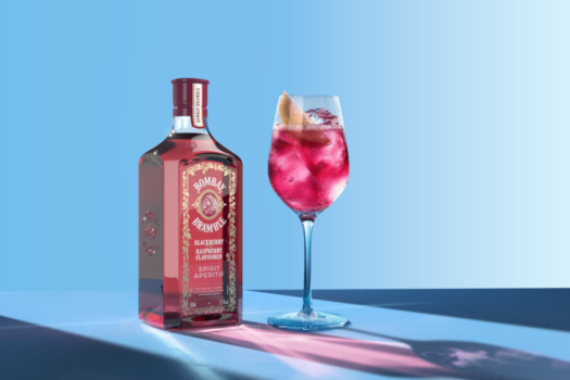 THE NEW GIN FLAVOUR BOMBAY BRAMBLE®IS HERE IN TIME FOR SPRING